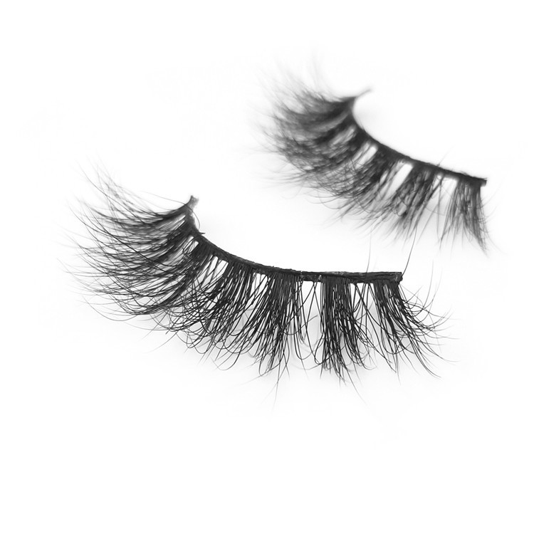 cheap mink lashes.jpg