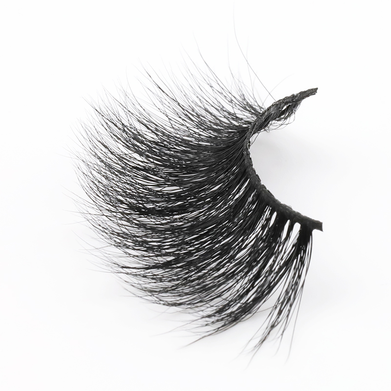 long mink lashes.JPG